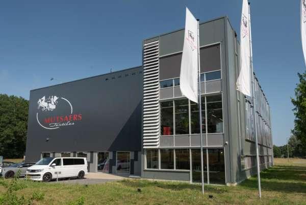 De studio van Noregt is gevestigd in het pand van Mutsaers textiel
